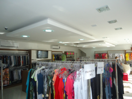 Boutiques e Lojas Roupas